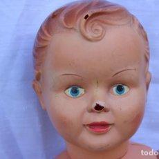 Muñeca española clasica: ANTIGUO MUÑECO PIRRI ? PELO MOLDEADO CON CARA REALISTA 54 CM PLÁSTICO Y CELULOIDE. Lote 76752723