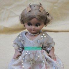 Muñeca española clasica: MUÑECA ANTIGUA CON TRAJE REGIONAL - FALLERA O VALENCIANA - OJOS MOVIBLES.. Lote 78441497