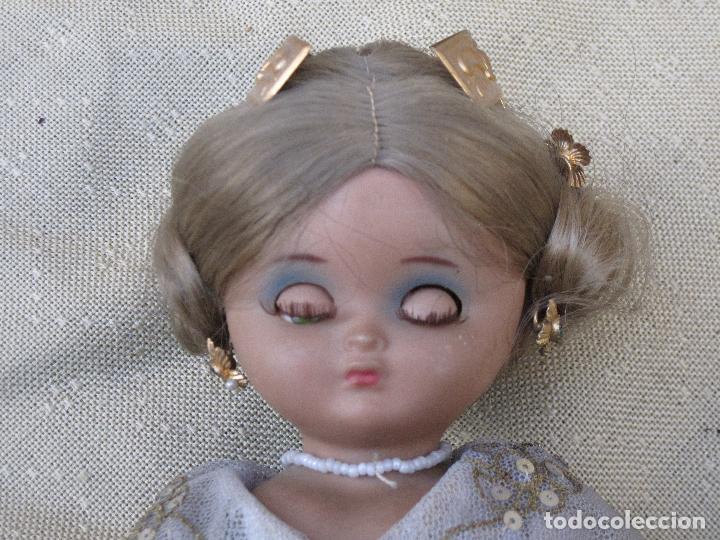 Muñeca española clasica: MUÑECA ANTIGUA CON TRAJE REGIONAL - FALLERA O VALENCIANA - OJOS MOVIBLES. - Foto 3 - 78441497