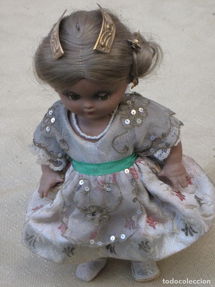 Muñeca española clasica: MUÑECA ANTIGUA CON TRAJE REGIONAL - FALLERA O VALENCIANA - OJOS MOVIBLES. - Foto 7 - 78441497