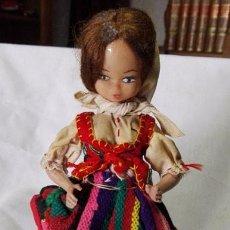 Muñeca española clasica: ANTIGUA MUÑECA CON TRAJE TÍPICO DE TENERIFE. Lote 80022745