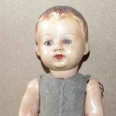 Muñeca española clasica: ANTIGUO MUÑECO CARTON PIEDRA, CABEZA CERAMICA. MUY ANTIGUO. ALTURA: 36 CM. VER FOTOS. Lote 81281544