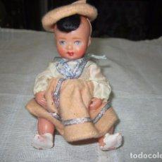 Muñeca española clasica: PEQUEÑA MUÑECA DE CELULOIDE CON OJOS DURMIENTES. 12 CMS.. Lote 83365280