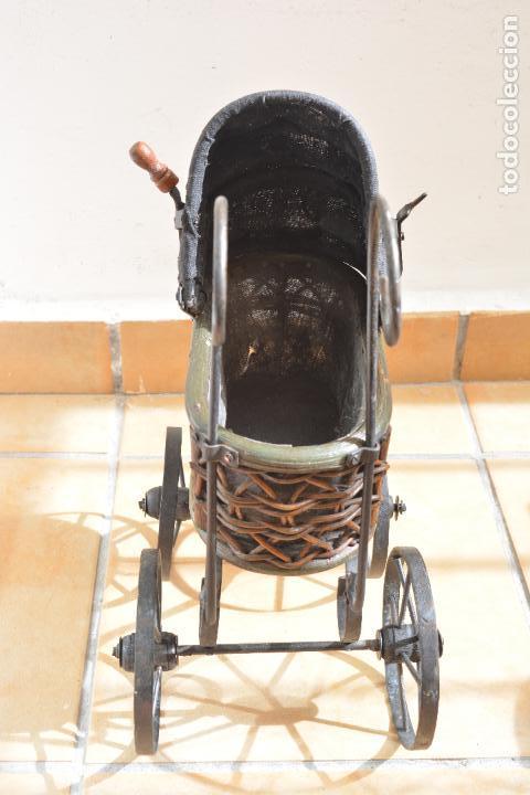 Muñeca española clasica: Antiguo Coche - Carro Muñecas - Cochecito Muñeca - Madera Y Hierro - Foto 12 - 84741232