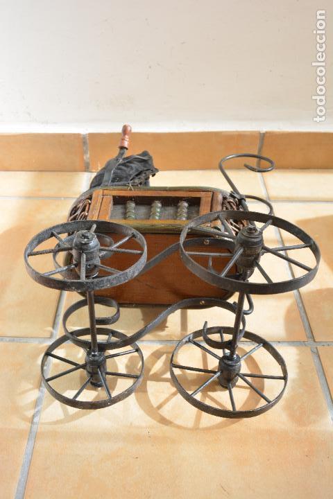 Muñeca española clasica: Antiguo Coche - Carro Muñecas - Cochecito Muñeca - Madera Y Hierro - Foto 15 - 84741232