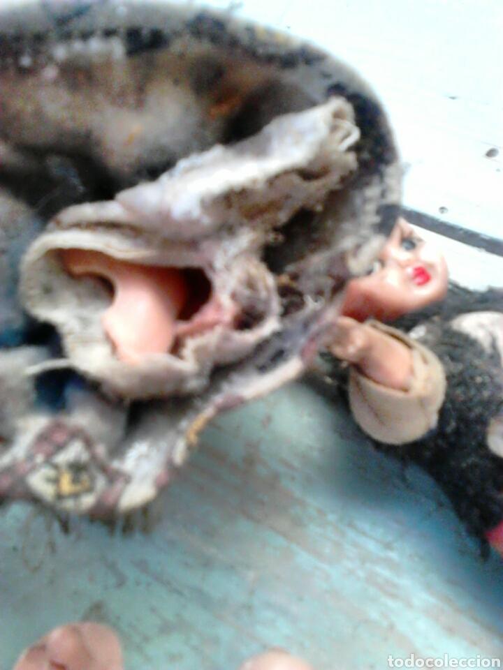 Muñeca española clasica: Antigua pareja de muñecas mini,regionales,ver fotos - Foto 4 - 87209219