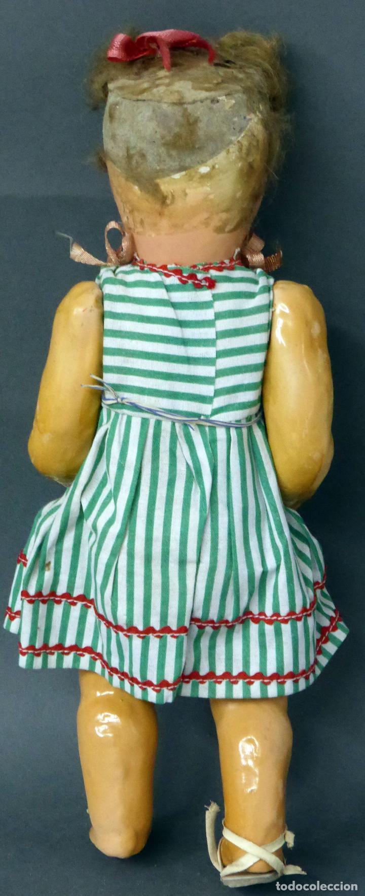 Muñeca española clasica: Muñeca popular cartón piedra articulada ropa original peluca sandalias años 40 33 cm época Mariquita - Foto 4 - 88976784
