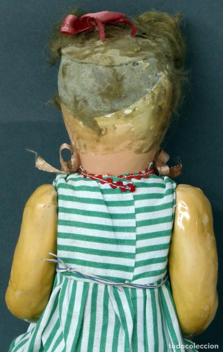 Muñeca española clasica: Muñeca popular cartón piedra articulada ropa original peluca sandalias años 40 33 cm época Mariquita - Foto 5 - 88976784