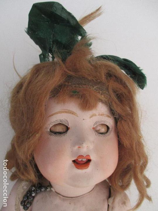 Muñeca española clasica: Antigua Muñeca - Cartón Piedra - Cabello Mohair - Ojos de Cristal Durmientes - Original - Años 20-30 - Foto 13 - 91266640