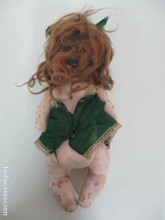 Muñeca española clasica: Antigua Muñeca - Cartón Piedra - Cabello Mohair - Ojos de Cristal Durmientes - Original - Años 20-30 - Foto 23 - 91266640