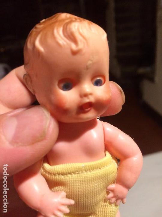 Muñeca española clasica: Antiguo muñeco / muñeca / bebe de celuloide con ojos durmientes de los años 60-70 - Foto 4 - 91970260