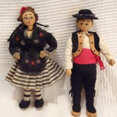 Muñeca española clasica: PAREJA MUÑECOS EN FIELTRO, TRAJE TIPICO SALAMANCA.CHARRO, CUERO. Lote 92320715