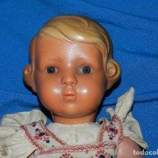Muñeca española clasica: (M) MUÑECA DE CARTON PIEDRA CON VESTIDO DE EPOCA , 43 CM, VER FOTOGRAFIAS ADICIONALES. Lote 92338000