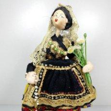 Muñeca española clasica: ANTIGUA MUÑECA RELIGIOSA CON ROSARIO DE FIELTRO NISTIS - ESPAÑOLA ANTIQUE SPANISH DOLL LADY. Lote 94499038