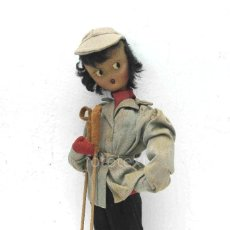 Muñeca española clasica: MUÑECO DE ALAMBRE CON PALOS DE ESQUI. Lote 96245595