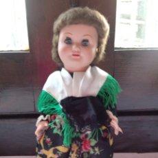 Muñeca española clasica: MUÑECA ANTIGUA DE CELULOIDE Y PLASTICO REGIONAL 26 CM. Lote 98144646