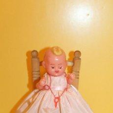 Muñeca española clasica: ANTIGUO MUÑECO DE CELULOIDE CARITA DECORADA OJOS DURMIENTES - AÑOS 60. Lote 98891399