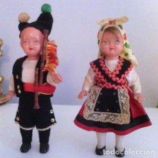 Muñeca española clasica: 2 MUÑECAS EN CELULOIDE Y TRAJE TRADICIONAL GALEGA - PRECIOSAS !. Lote 99146975