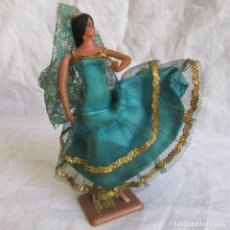 Muñeca española clasica: MUÑECA VESTIDO SEVILLANA FLAMENCA MARIN. Lote 101681571