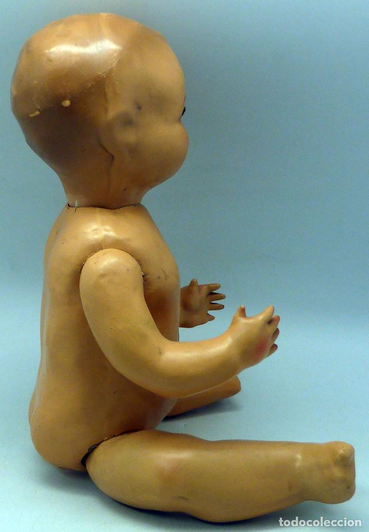 Muñeca española clasica: Bebé cabeza cerámica ojo durmiente cuerpo cartón piedra lloro años 40 - 50 40 cm alto - Foto 5 - 102005419