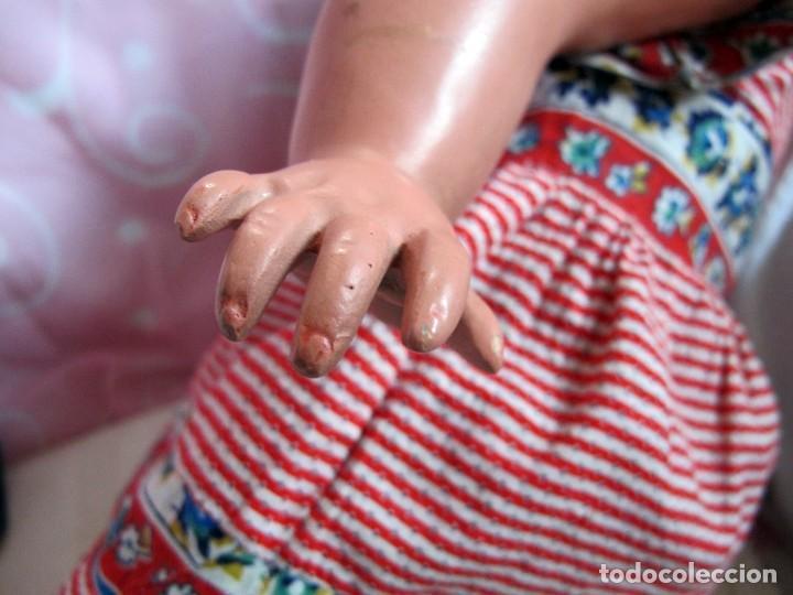 Muñeca española clasica: MUY BONITA MUÑECA ESPAÑOLA ANTIGUA ANDADORA CARTÓN PIEDRA 58CM - Foto 7 - 102092451
