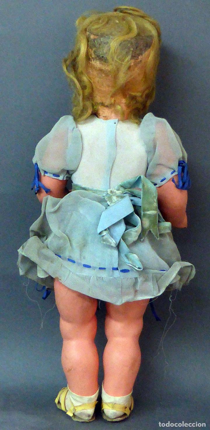 Muñeca española clasica: Muñeca popular cartón piedra cabeza celuloide ropa original peluca sandalias años 40 44 cm - Foto 4 - 102704747