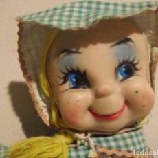 Muñeca española clasica: PRECIOSA ANTIGUA Y RARA MUÑECA DE TRAPO CON CARA DE GOMA . Lote 103068391