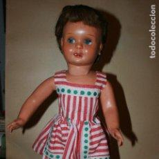 Klassische spanische Puppen - Muñeca Cayetana . Articulada, ojos durmientes y lateral sistema flirty. 45 cms. ver fotos - 106244287