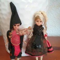 Muñeca española clasica: MUÑECA Y MUÑECO.EN CELULOIDE O SIMILAR.OJOS DURMIENTES.CON TRAJE REGIONAL ASTURIANO.. Lote 107997152