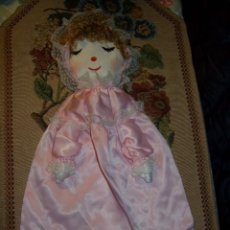 Muñeca española clasica: GRACIOSA MUÑECA GUARDA PIJAMA. TELA, TRAPO. Lote 108407471