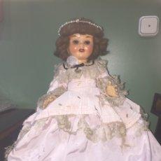 Muñeca española clasica: MUÑECA ANTIGUA QUE LLORA. Lote 108795786