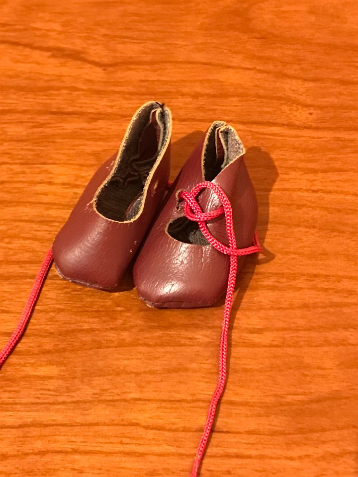 Muñeca española clasica: Zapatos muñeca granates - Foto 2 - 109534239
