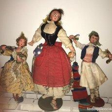 Muñeca española clasica: LOTE DE 3 ANTIGUAS MUÑECAS POSIBLEMENTE LAYNAS. Lote 110715243