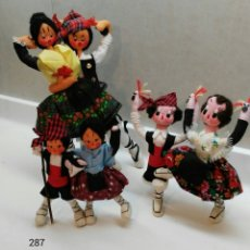Muñeca española clasica: TRES PAREJAS DE BATURROS FIELTRO/TELA. TAMBIÉN POR SEPARADO. Lote 111220739