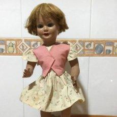 Muñeca española clasica: MUÑECA ANTIGUA CON INDUMENTARIA TODA ORIGINAL. Lote 111622823
