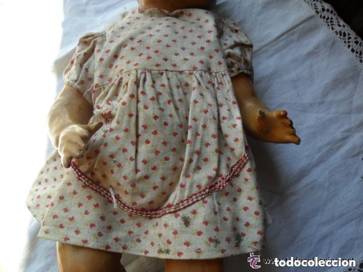 Muñeca española clasica: MUÑECA BEBÉ CON CABEZA DE CERÁMICA Y CUERPO DE CARTÓN PIEDRA AÑOS 20 - Foto 4 - 111735091
