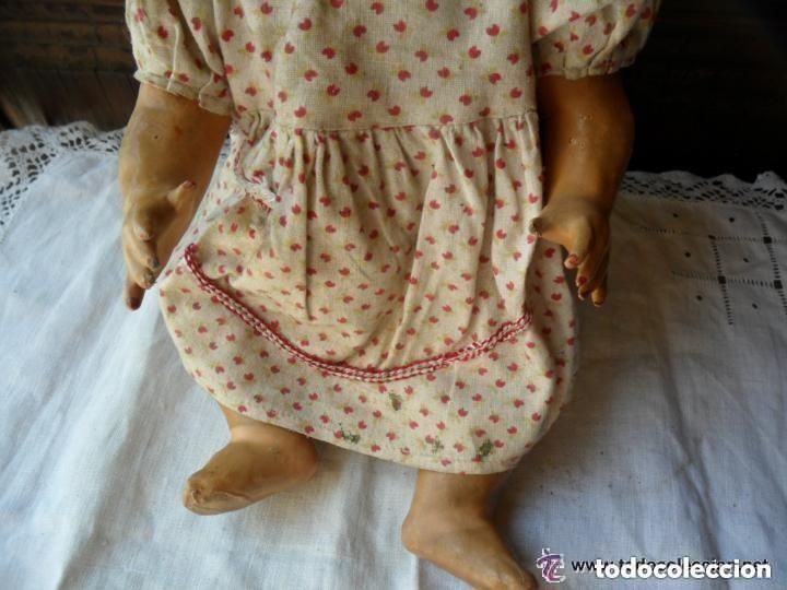 Muñeca española clasica: MUÑECA BEBÉ CON CABEZA DE CERÁMICA Y CUERPO DE CARTÓN PIEDRA AÑOS 20 - Foto 5 - 111735091