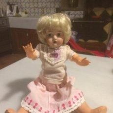 Muñeca española clasica: ANTIGUA MUÑECA DE PORCELANA CON CUERPO DE CARTÓN PIEDRA Y BRAZOS CELULOIDE AÑOS 20-30 . Lote 111870575