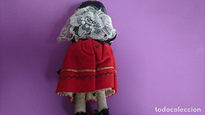 Muñeca española clasica: ANTIGUA MUÑECA REGIONAL TRAJE SEGOVIANA - Foto 3 - 115318179