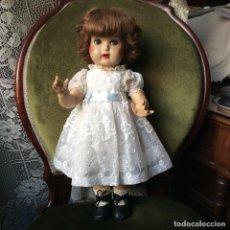 Muñeca española clasica: VESTIDO DE ORGANDÍ BORDADO PARA MARIQUITA. Lote 115611275