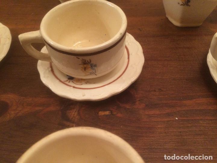 Muñeca española clasica: Antiguo juego de cafe / vajilla de ceramica blanca/ beix de juguete para muñeca años 40 - Foto 22 - 116572299