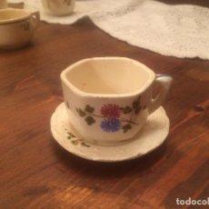 Muñeca española clasica: ANTIGUA TAZA DE JUEGO DE CAFE / VAJILLA DE CERAMICA BLANCA/ BEIX DE JUGUETE PARA MUÑECA AÑOS 40. Lote 116572407