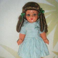 Muñeca española clasica: ANTIGUA MUÑECA ESPAÑOLA MARILU DE CARTÓN PIEDRA. AÑOS 50. Lote 117764303