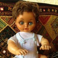 Muñeca española clasica - Muñeco antiguo de vinilo , a falta de las pestañas de un ojo, se le sube hacia arriba por la falta - 118264307
