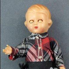 Muñeca española clasica: MUÑECA CELULOIDE OJO DURMIENTE AÑOS 50 11 CM ALTO. Lote 118457135