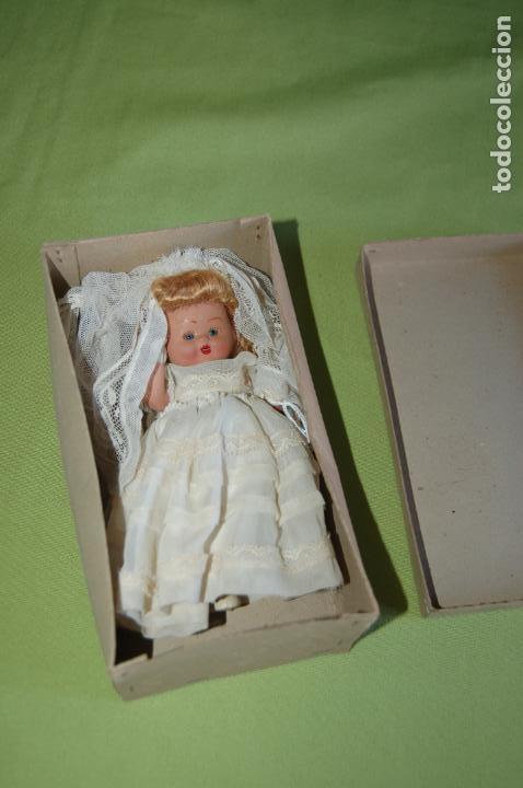Muñeca española clasica: muñeca de comunión en caja de denia - Foto 6 - 119111715
