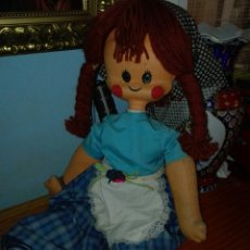 Muñeca española clasica: MUÑECA ANTIGUA CUERPO DE TRAPO Y CABEZA CARTON PIEDRA. Lote 119342234