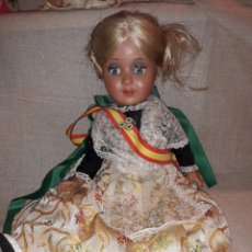 Muñeca española clasica: ANTIGUA MUÑECA MULATA ARTICULADA CON OJOS DURMIENTES (SE MUEVEN DERCHA IZQUIERDA)TRAJE REGIONAL. Lote 121958123