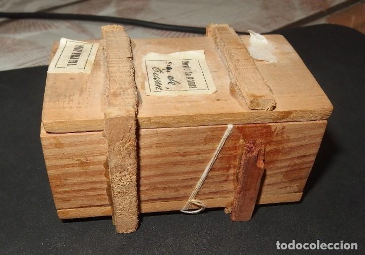 Muñeca española clasica: CAJA DE MADERA,PROCEDENTE DE PARÍS:CON BEBÉ DE TERRACOTA EN SU INTERIOR,AÑOS 30 - Foto 4 - 128216267