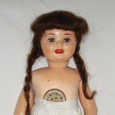 Muñeca española clasica: ANTIGUA MUÑECA ESPAÑOLA ANDADORA. AÑOS 40. FABRICADA EN ONIL. CON PELO NATURAL.. Lote 132511694